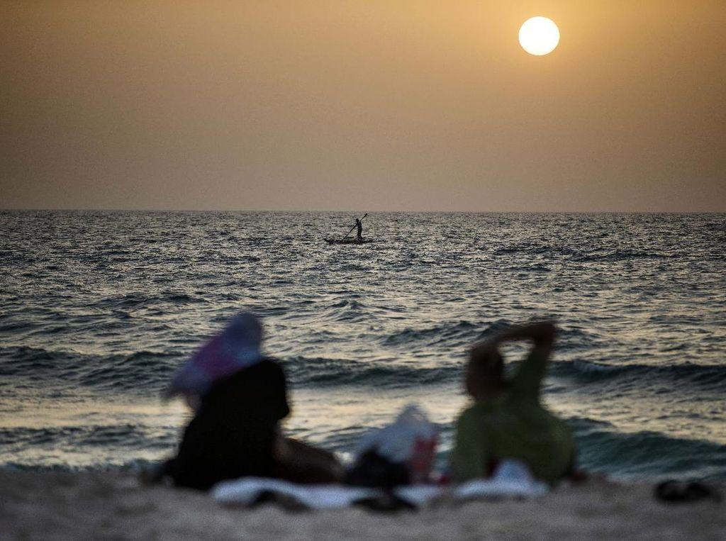 3 Nelayan Palestina Tewas Saat Kapal Meledak, Diduga Kena Roket Nyasar