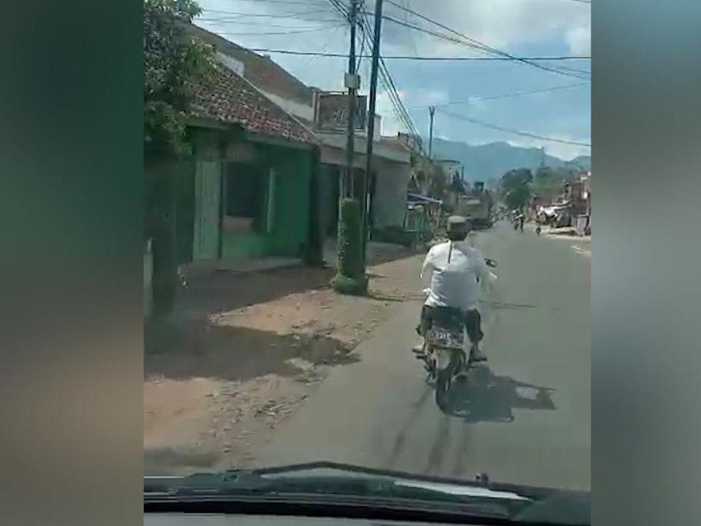 Jabar Hari Ini: Pria Reaktif Corona Santuy Motoran-Penemuan Mayat Perempuan Bugil