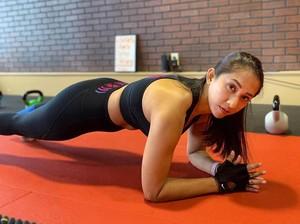 Pengakuan Cut Memey Dulu Suntik Biar Kurus, Kini Rajin Olahraga