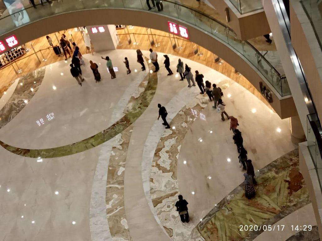 Viral Video Pengunjung Antre di Pakuwon Mall Surabaya, ini Penjelasannya