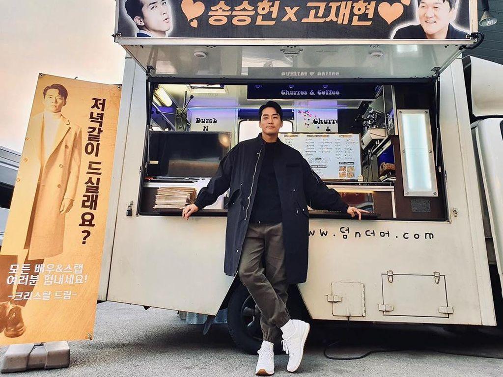 Main di Dinner Mate, Ini 10 Momen Kuliner Song Seung Heon