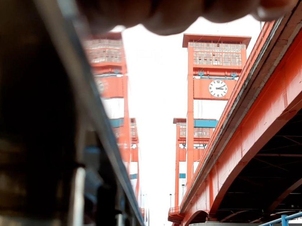 6 Bulan Pandemi Corona di Sumsel: Sempat PSBB-Pedagang Pempek Babak Belur