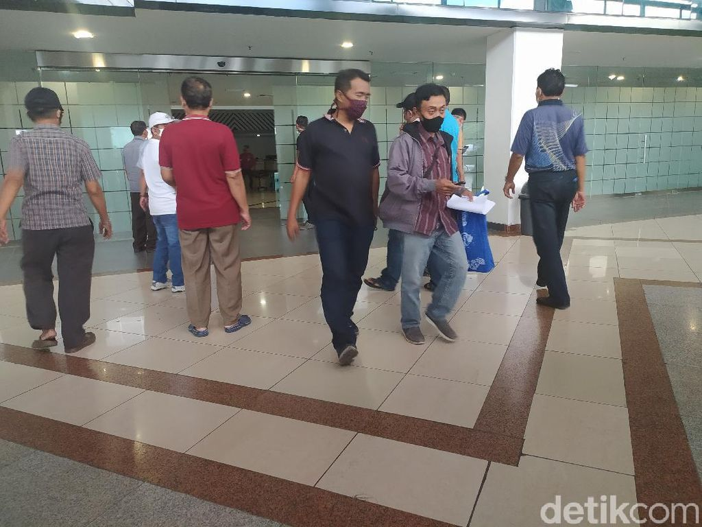 H-5 Lebaran, Penerbangan Terbatas di Bandara Juanda Masih Sepi Penumpang