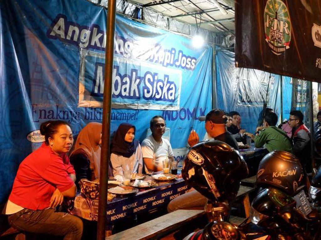 Mencicipi Hangatnya Yogyakarta Dalam Segelas Kopi Joss