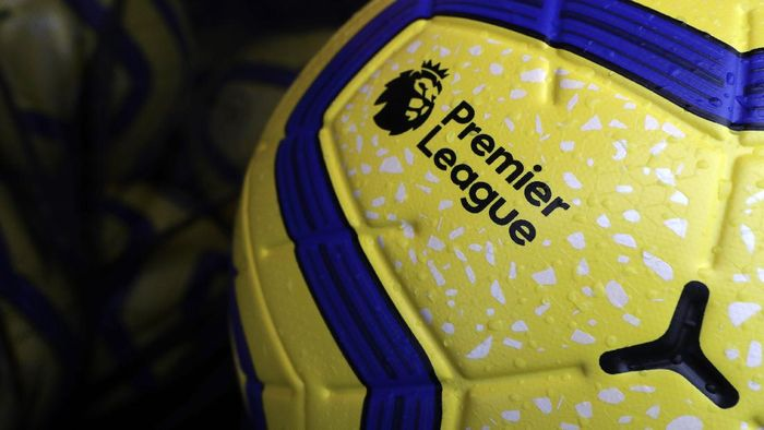 WATFORD, ENGLAND - OCTOBER 26: Detailed view of the Nike Merlin Winter ball ahead of the Premier League match between Watford FC and AFC Bournemouth  at Vicarage Road on October 26, 2019 in Watford, United Kingdom. (Photo by Catherine Ivill/Getty Images)