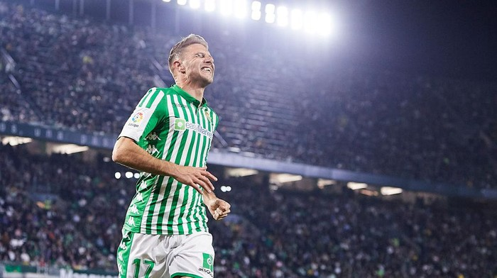 SEVILLE, SPAIN - FEBRUARY 21: Joaquin Sanchez of Real Betis reacts during the Liga match between Real Betis Balompie and RCD Mallorca at Estadio Benito Villamarin on February 21, 2020 in Seville, Spain. (Photo by Fran Santiago/Getty Images)