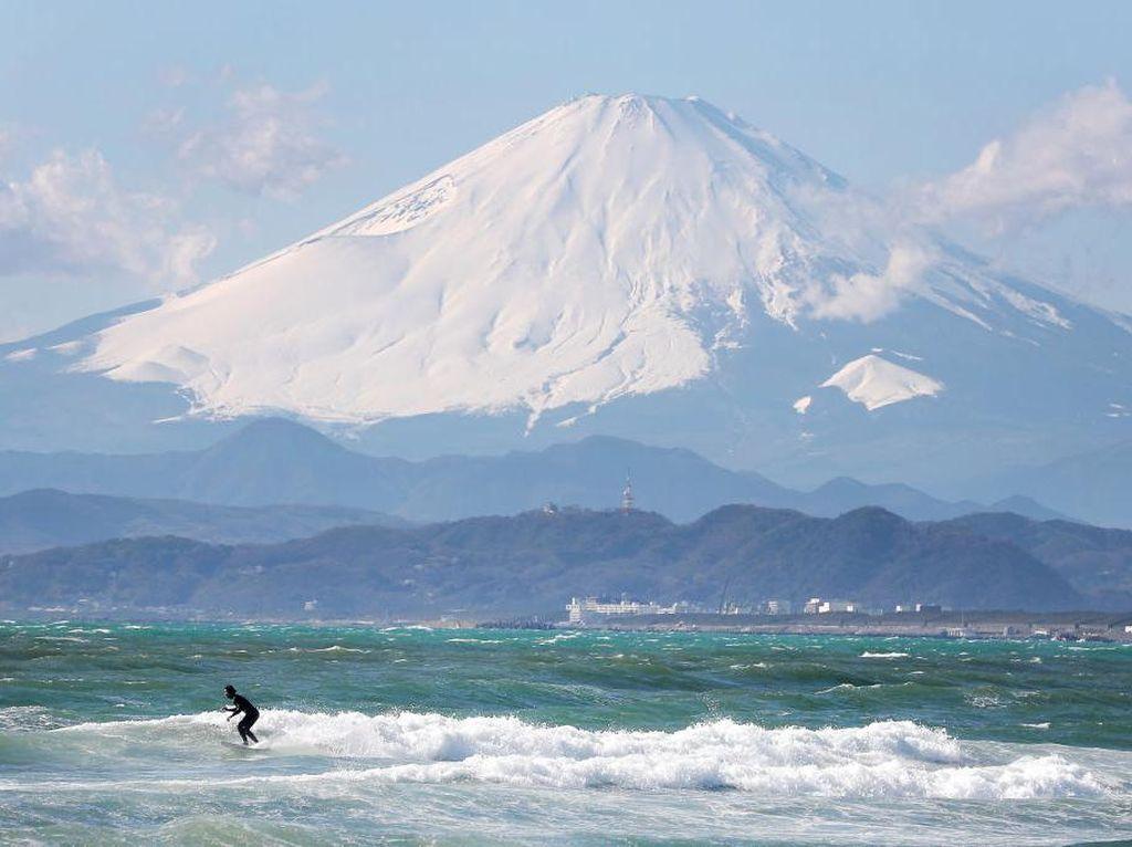 Maskapai Jepang Ajak Wisatawan Lihat Gunung Fuji Lebih Dekat