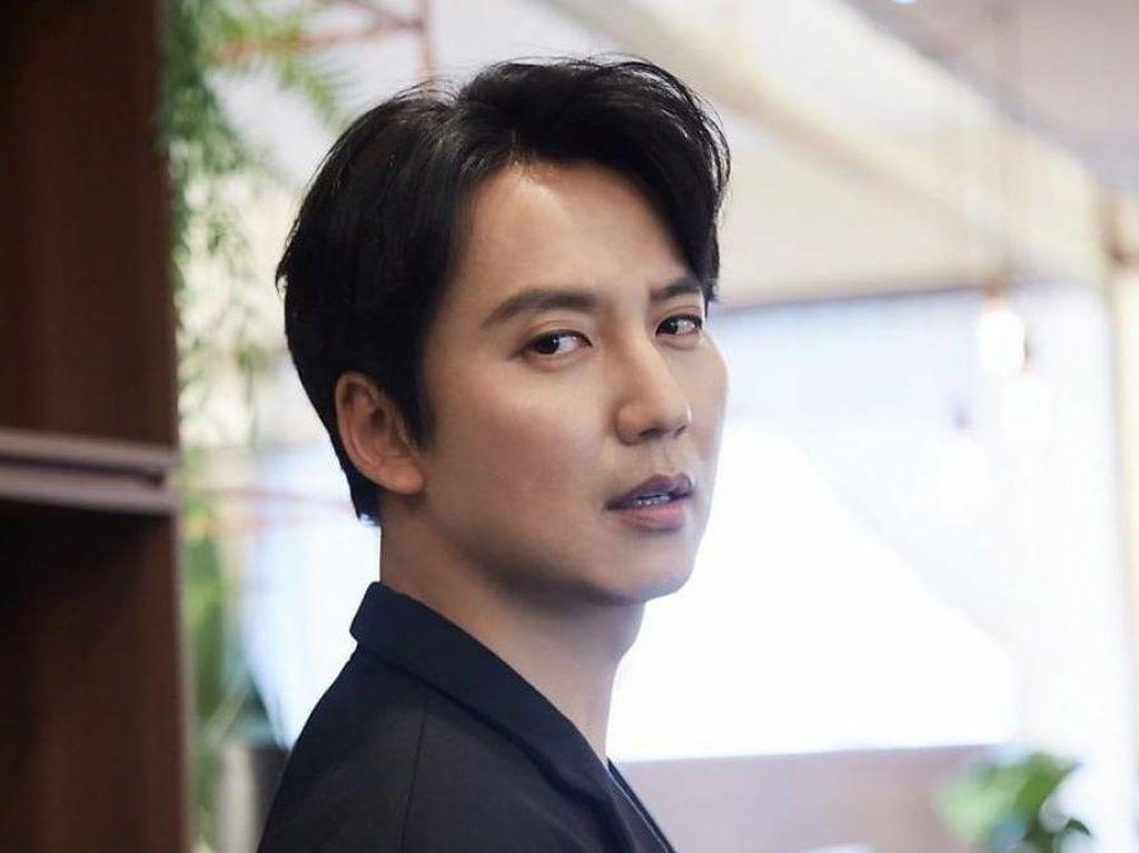 Kim Nam Gil Diincar Bintangi Drama Misteri Bareng Seo Yea Ji