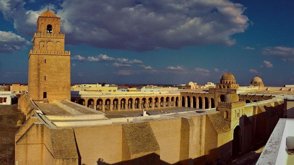 Pesona Masjid Tertua di Afrika