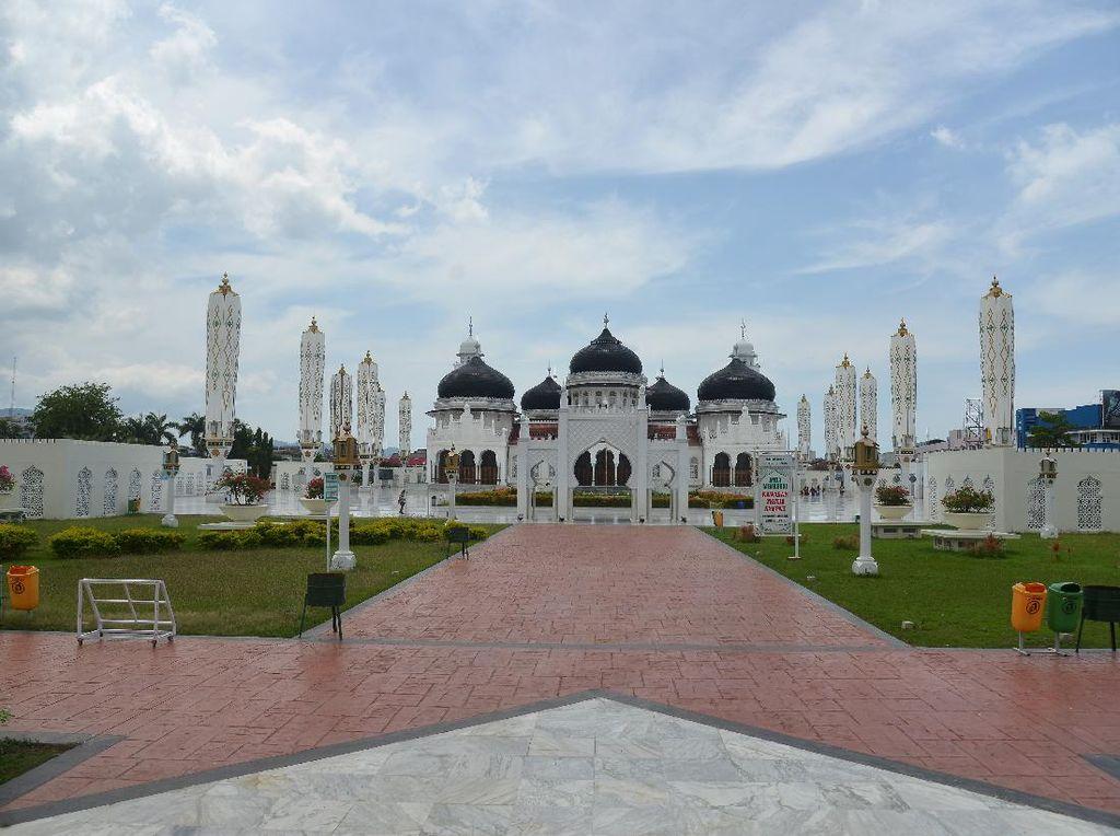 Imbas Corona, Hanya Seorang Turis yang Melancong ke Aceh
