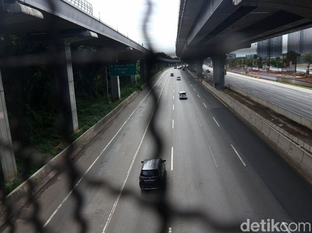 H-3 Lebaran, Tol Jakarta Cikampek Masih Lancar