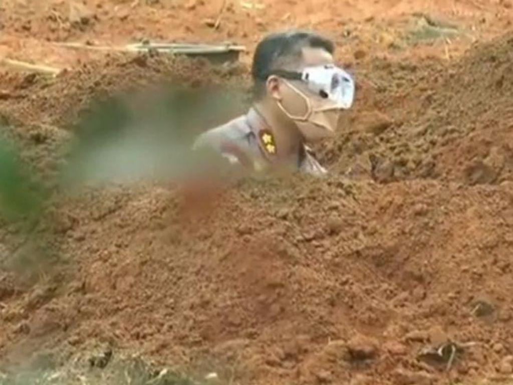 Viral Perwira Polisi Gali Kubur Pasien Corona di Sumsel, Begini Ceritanya