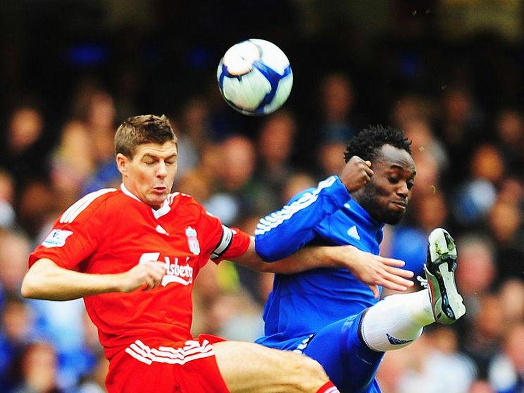 Dua Gelandang Paling Keras di Liga Inggris Versi Essien