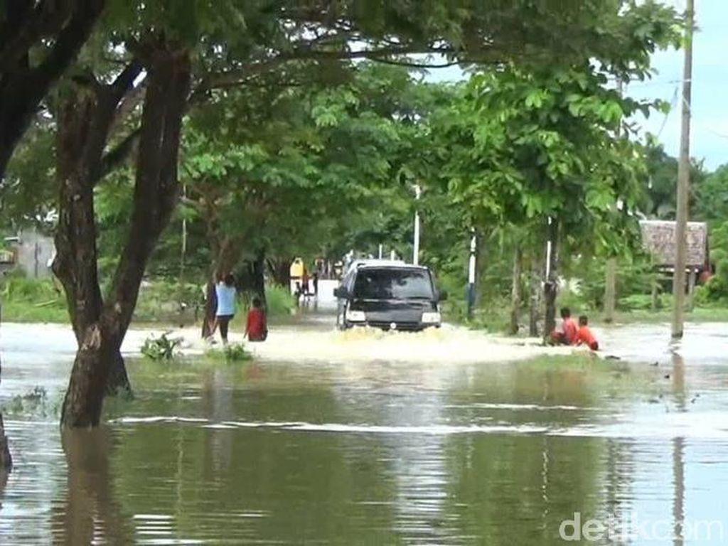 Sungai Meluap, Rumah dan Sawah di Polman Kembali Terendam Banjir