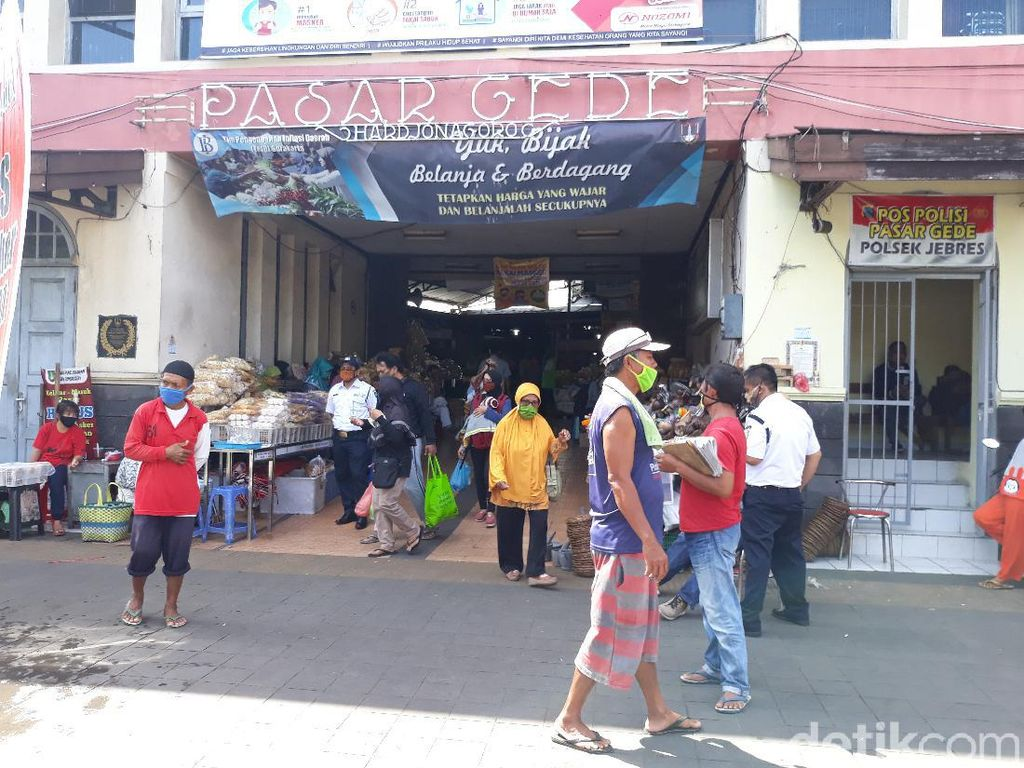 2 Pedagangnya Kena Corona, Pasar Gede Solo Tak Ditutup karena Alasan Ini