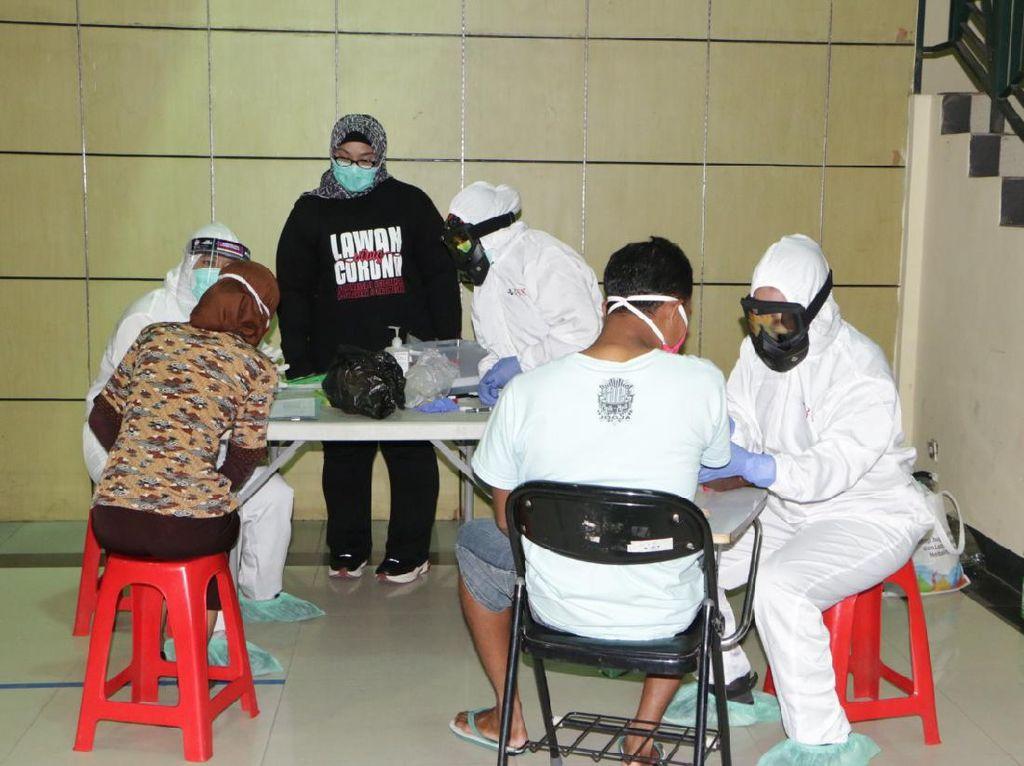 Pemkab Sragen Rapid Test Acak ke 84 Pengunjung Toserba, Ini Hasilnya