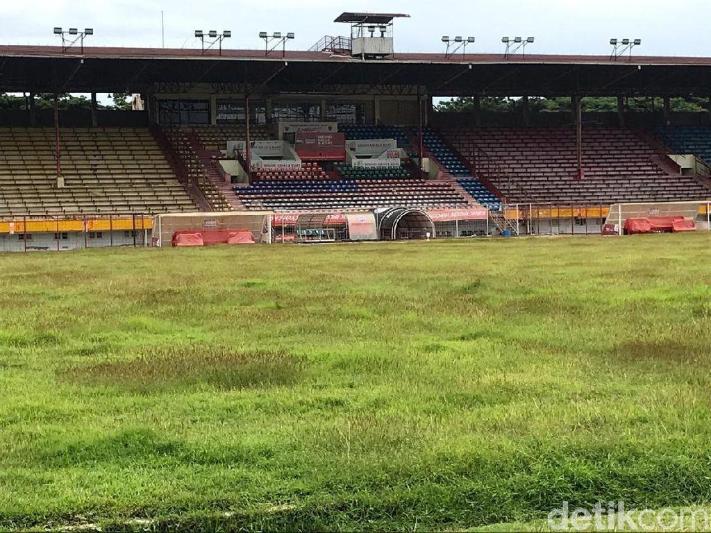 Kandang PSM Makassar yang Terbengkalai