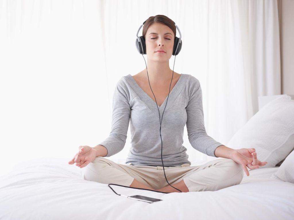5 Tips Atasi Stres di Era New Normal