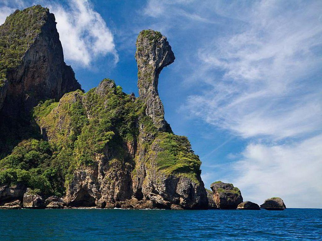 Potret Pulau yang Mirip Ayam Kalkun di Thailand