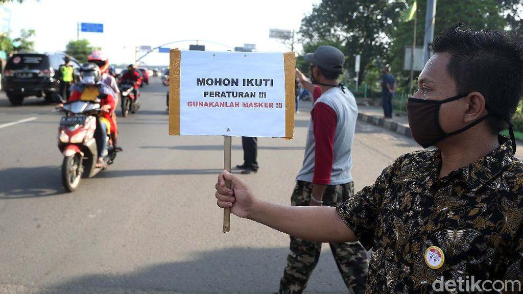 Polisi Pantau Penerapan PSBB di Kota Bekasi