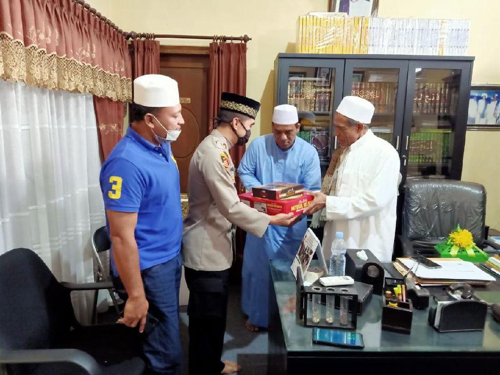Video: Cekcok Habib Umar dan Petugas PSBB Surabaya Berakhir Damai