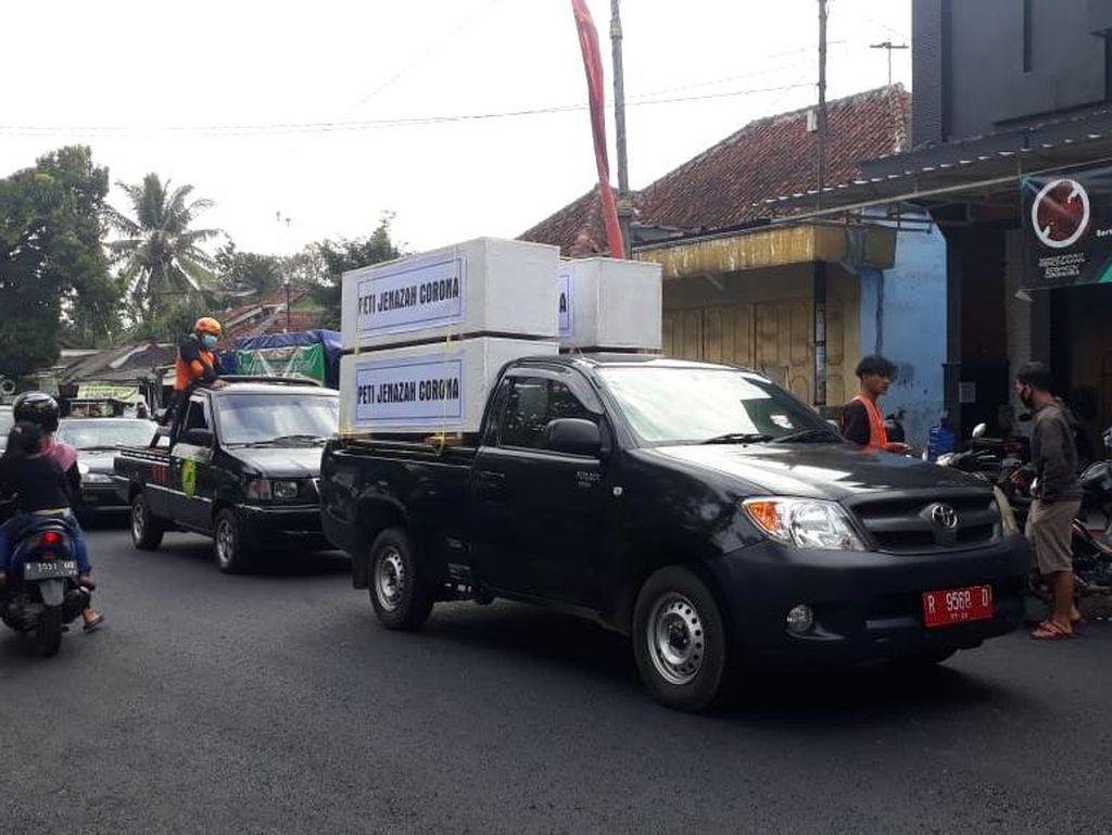 Viral Pocong dan Peti Jenazah Keliling Kota Naik Mobil di Banjarnegara