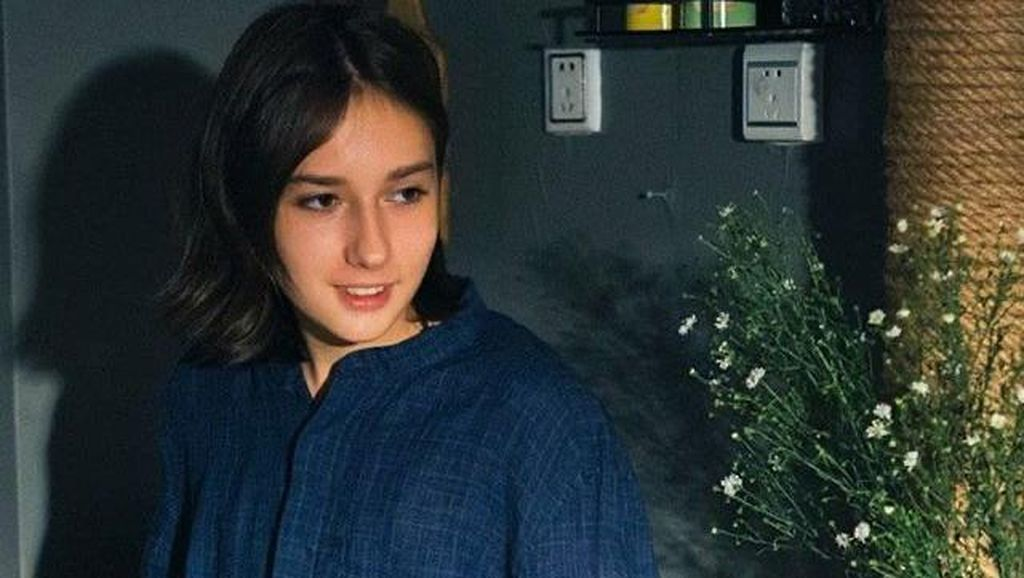 Potret Remaja Pria Berwajah Cantik yang Viral karena Bikin Wanita Insecure