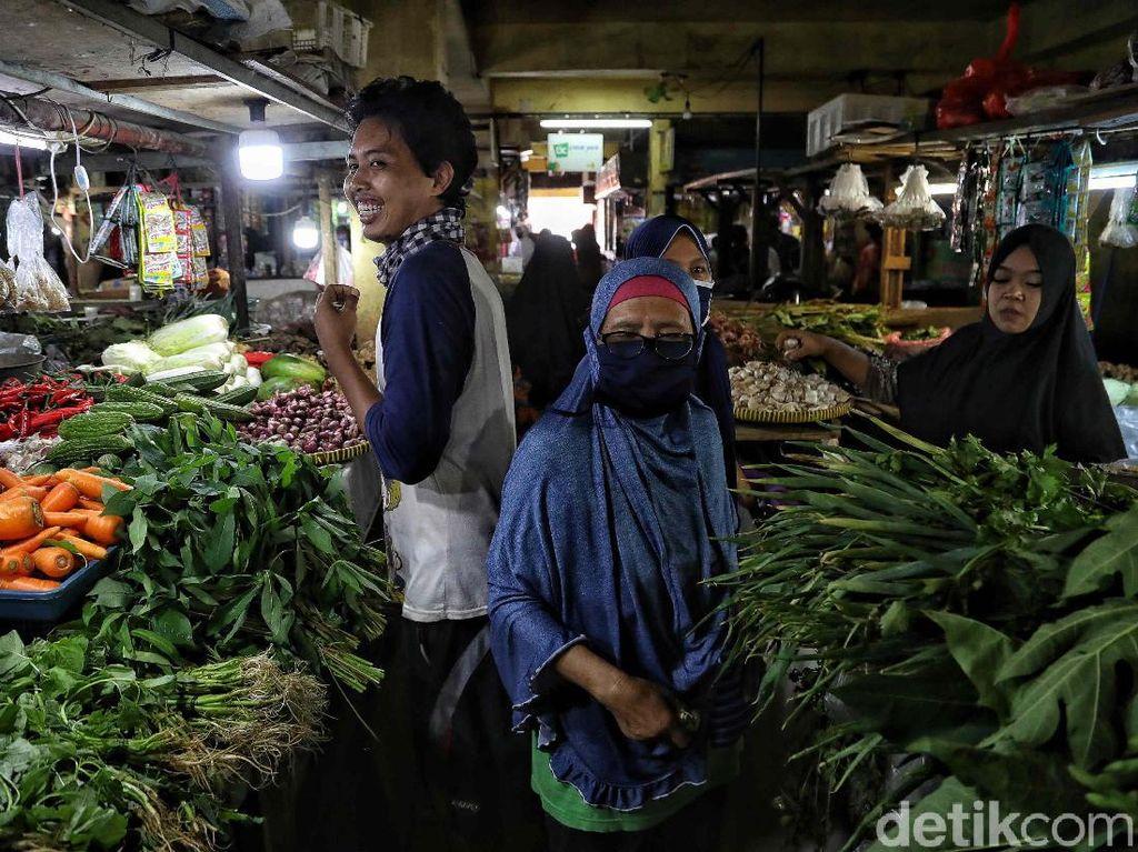 51 Pedagang Pasar DKI Positif Corona, PDIP: Ini soal Lemahnya Pengawasan