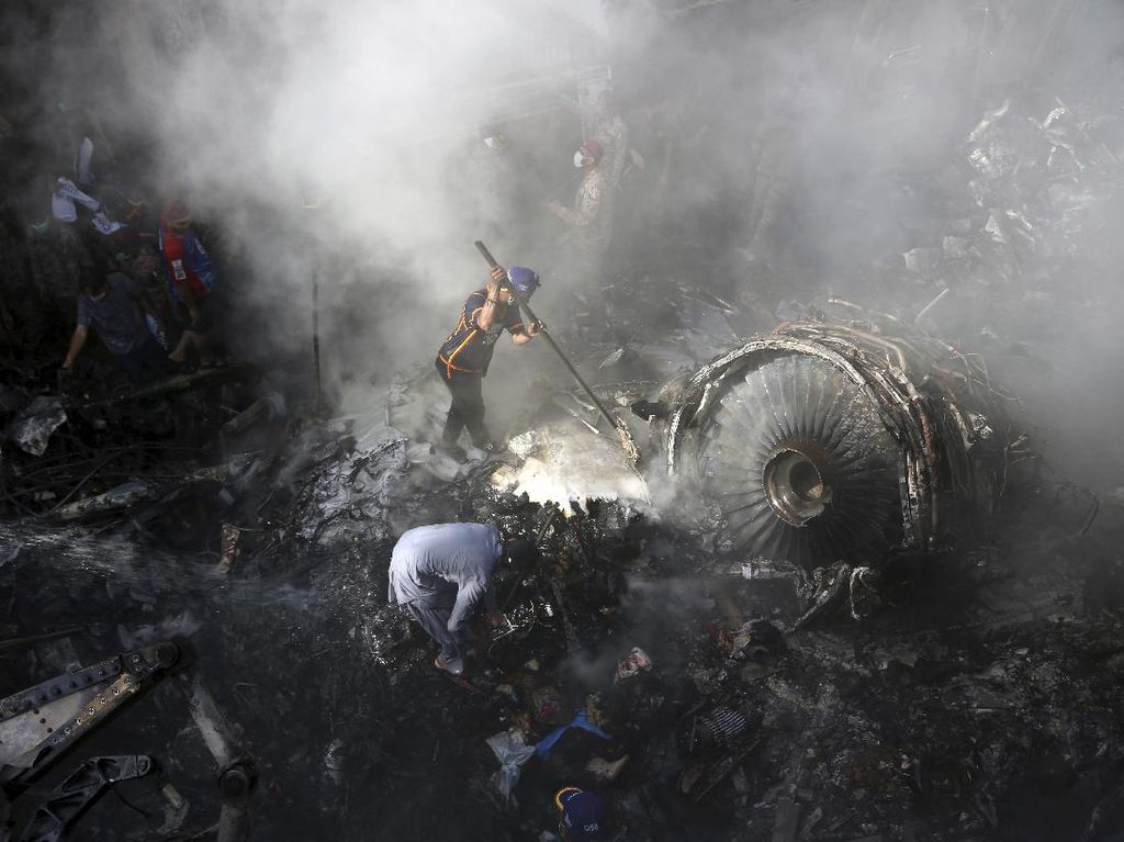Pakistan Dihantui Pilot Palsu, 30% Berlisensi Joki