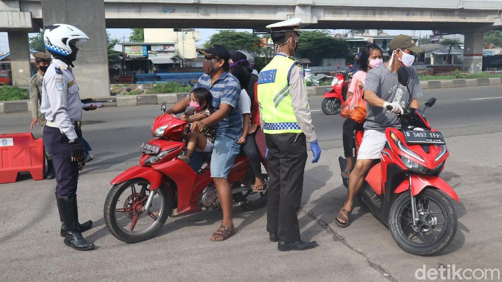 Check Point PSBB di Kalimalang Diperketat