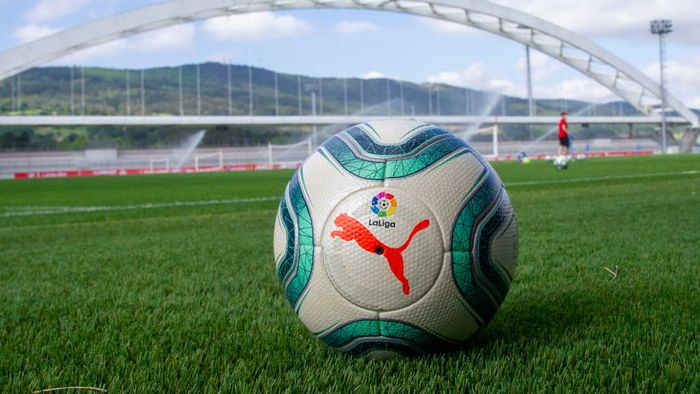 BILBAO, SPAIN - MAY 22: In this handout provided by LaLiga, an official match ball is seen during an Athletic Club training session on May 22, 2020 in Bilbao, Spain. Spanish LaLiga clubs are back training in groups of up to 10 players following the LaLigas Return to Training protocols. (Photo by Handout/Getty Images)