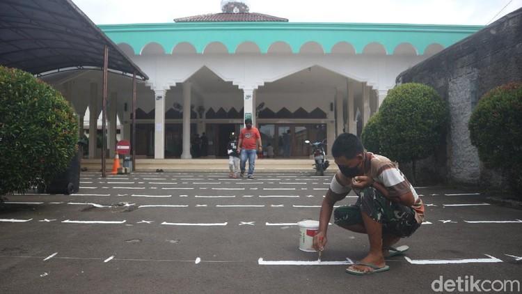 Persiapan Masjid Jami Al-Mamur Laksanakan Salat Id