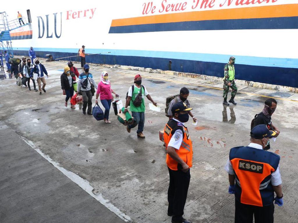 Jelang Lebaran, Kemenhub Pantau Pemulangan 171 TKI dari Malaysia
