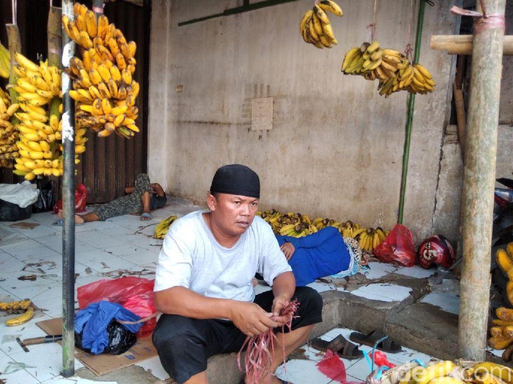 Suara Pedagang Pasar Minggu: Takut Jualan Saat Corona, tapi Butuh Uang