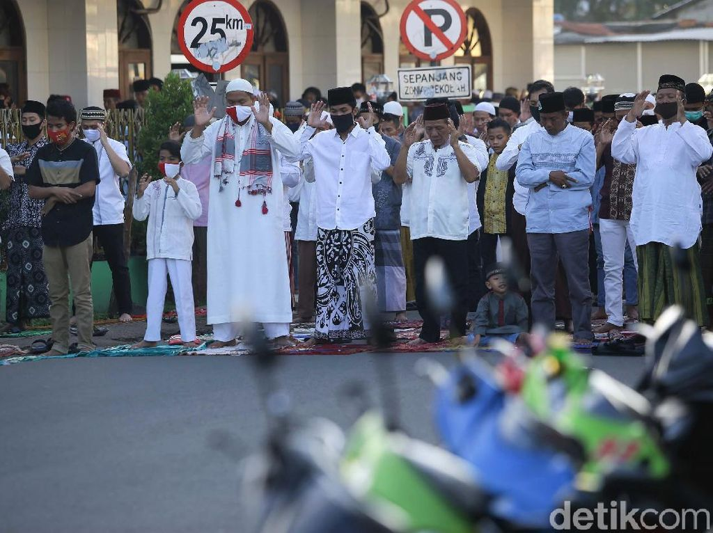 Potret Salat Id Berjamaah di Kawasan Tangerang Selatan