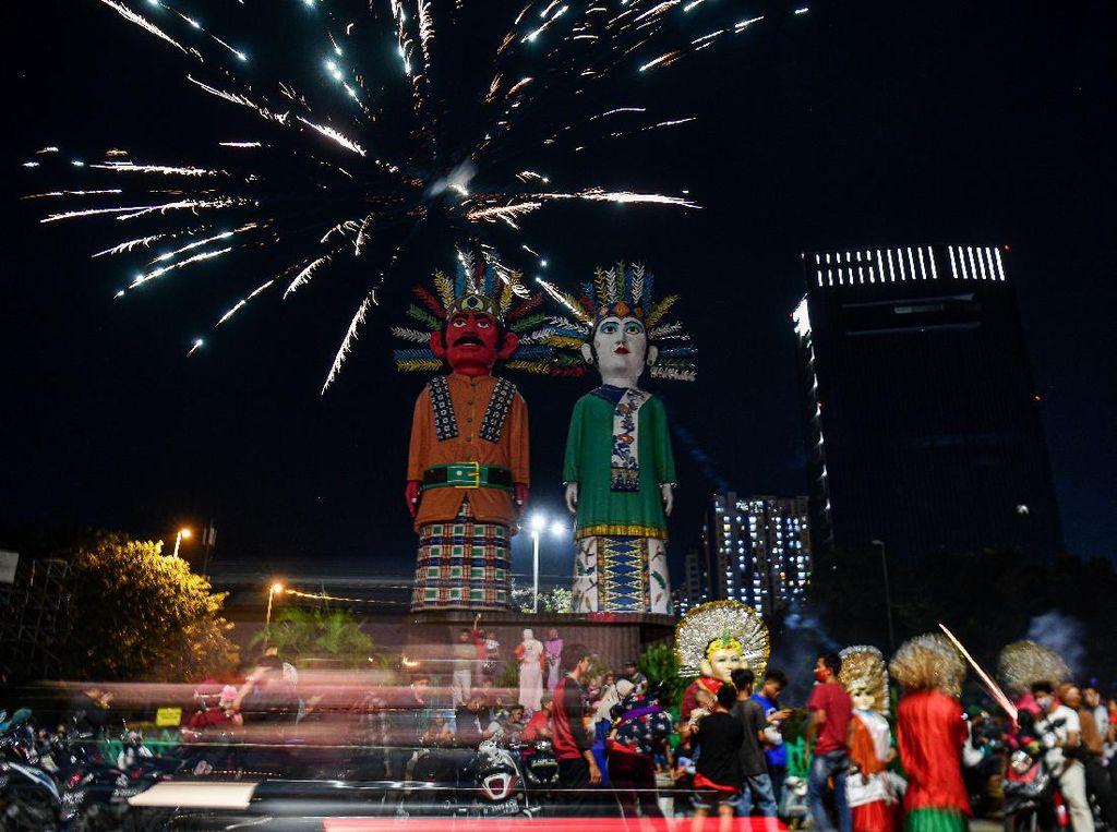 Suasana Malam Takbiran Ibu Kota di Tengah PSBB