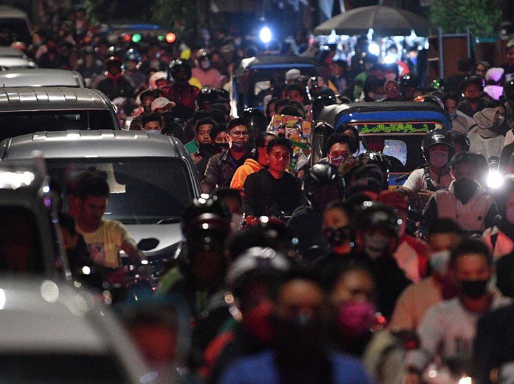 Kemacetan di Ibu Kota saat Gema Takbir Berkumandang