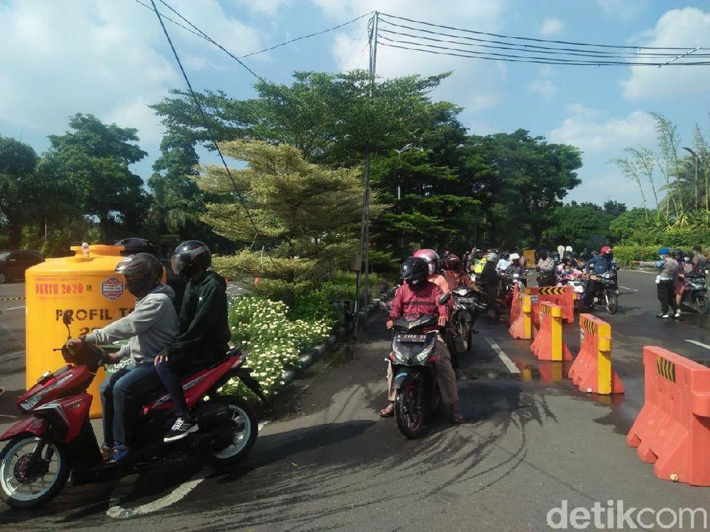 Warga Sidoarjo dan Gresik Tak Bisa Masuk Surabaya untuk Silaturahmi Lebaran