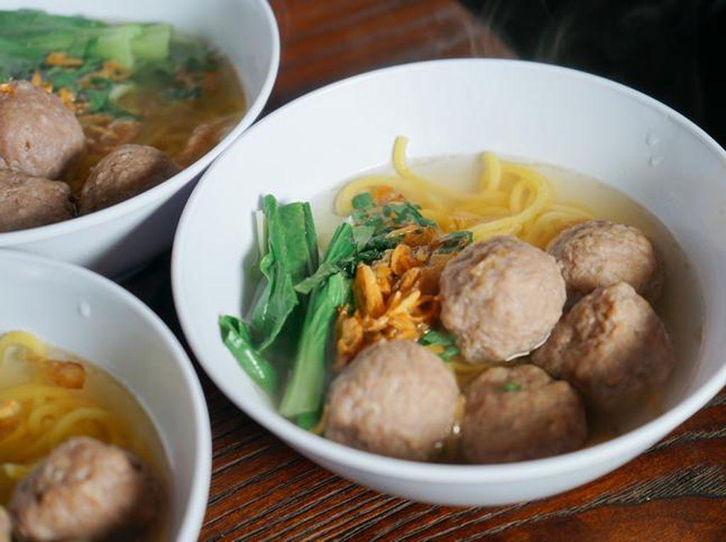 7 Makanan Anak Kost Selain Mie Instan, Semuanya Mudah Dibuat