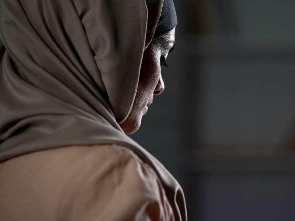 Kisah Sedih Wanita yang Matanya Ditembak Ayah Sendiri karena Jadi Polisi