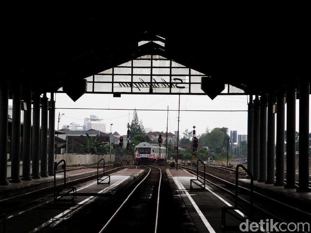 Stasiun Balapan Solo Masih Lengang