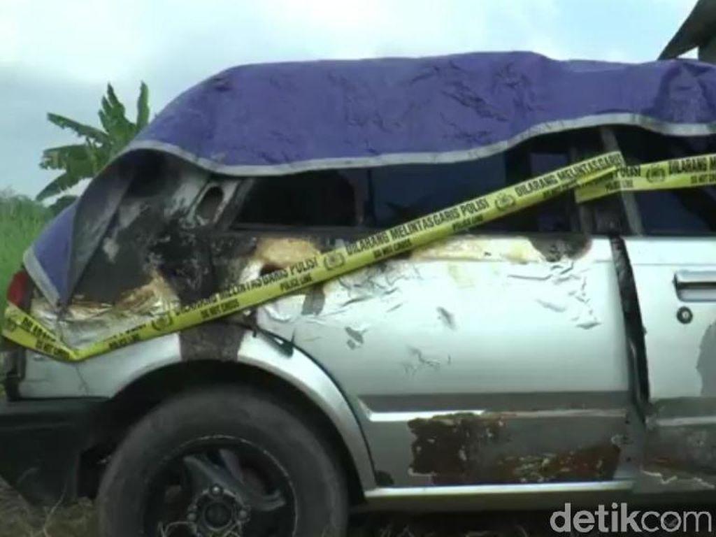 Detik-detik Mobil Terbakar di Pasuruan Tewaskan 2 Balita di Dalamnya