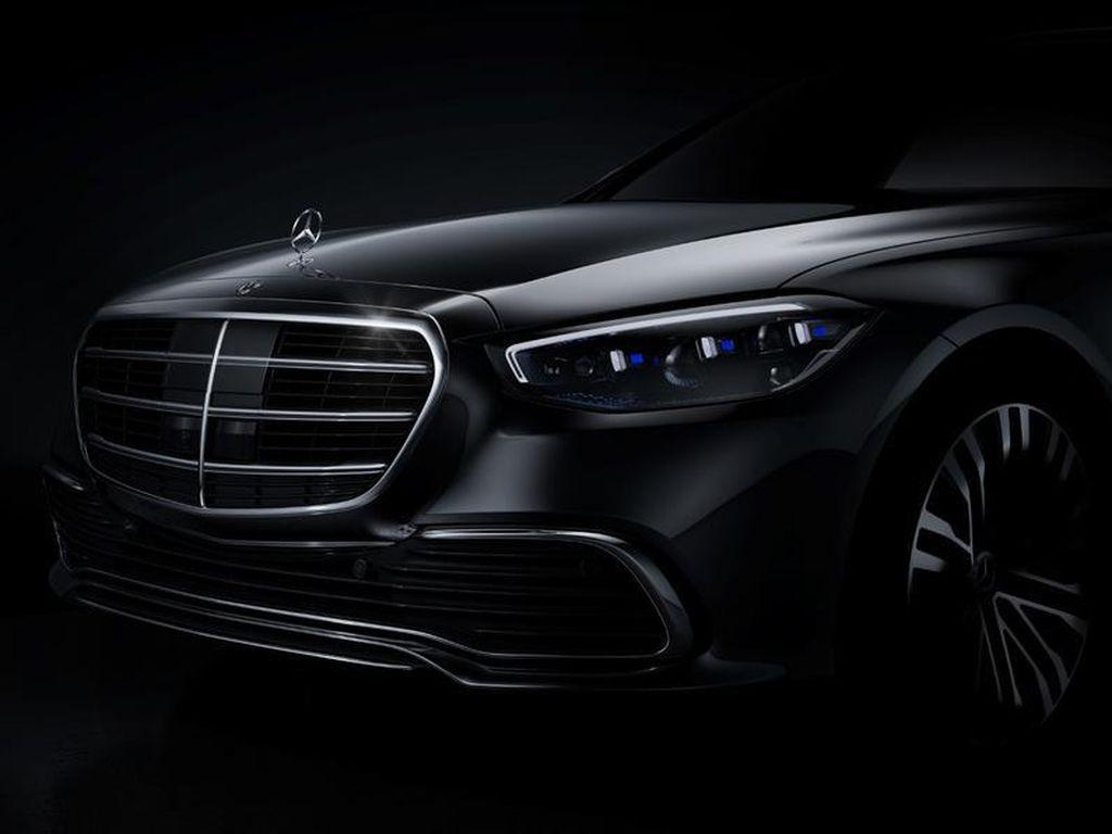 Akhirnya, Mercedes-Benz Jawab Tantangan BMW Seri 7