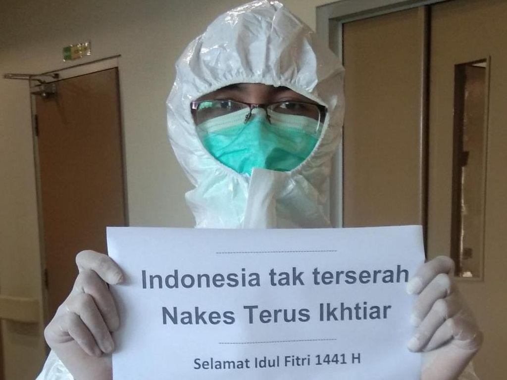 Begini Potret Nakes Rayakan Lebaran di RS Surabaya hingga Saling Support