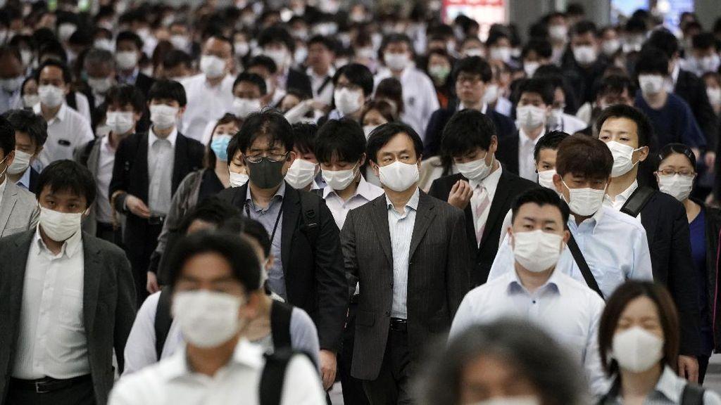 Status Darurat Corona Dicabut, Stasiun Kereta di Tokyo Penuh Penumpang