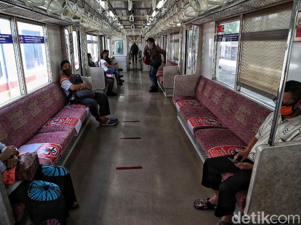Bus Hingga KRL Bakal Jadi Korban PSBB Ketat Jawa-Bali?