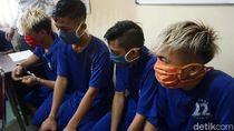 Polisi Tangkap 7 Pemuda Pengeroyok Petugas COVID-19