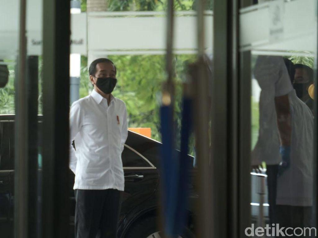 Jokowi: Kita Ingin Tetap Produktif, tapi Aman dari COVID