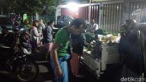 Pemkab Jember Diminta Buka Pasar Agar Pedagang Tak Jualan di Jalan