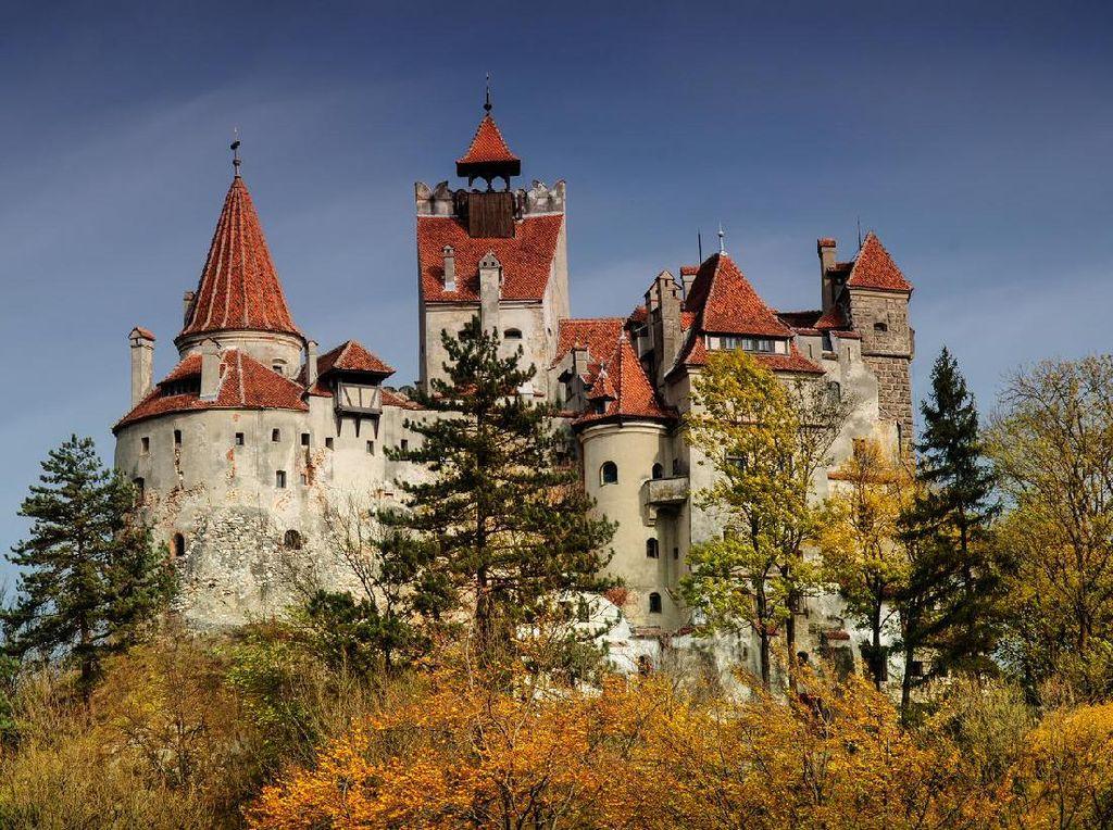 Potret Rumania, Surganya Kastil Bak Negeri Dongeng di Tanah Eropa